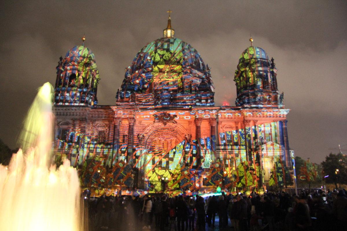 berliner dom festivals of lights